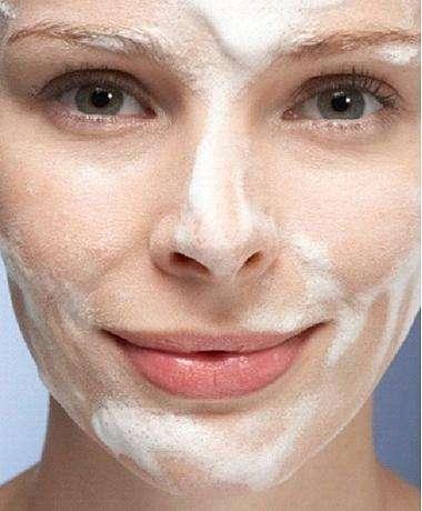 做完嫩肤保养之后怎么补水